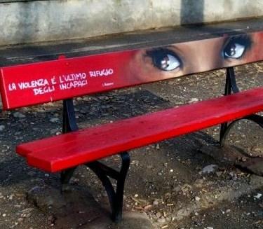 La panchina rossa
